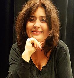 Agnès Brosset, coach vocal, professeur de chant à l'Eden Palace, Académie d'Art vocal